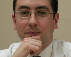 Dr. Emilio Ayats